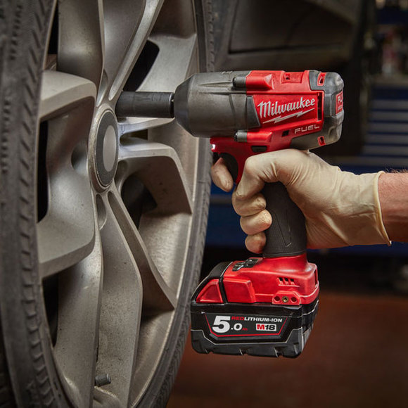 Milwaukee Power Tools, , Milwaukee M18FMTIWF12-502X 'FUEL' Mid Torque Impact Wrench